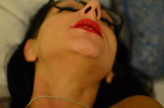 femme orgasme rouge à lèvres rouge passion pepette