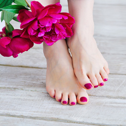 Jeu coquin : pieds coquins